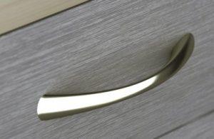 tiradores modernos para muebles - plateados-